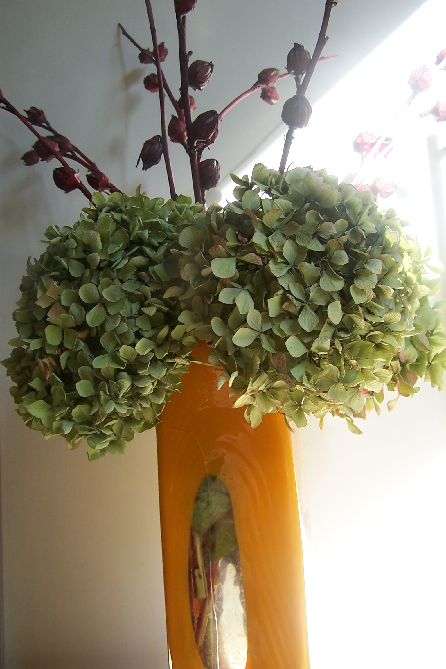 Contemporary Autumn Flowers For The Home Or Office Start To Hibernate And Dream Of Next Year The London Flower Lover