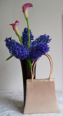 wedding handbag and flowers