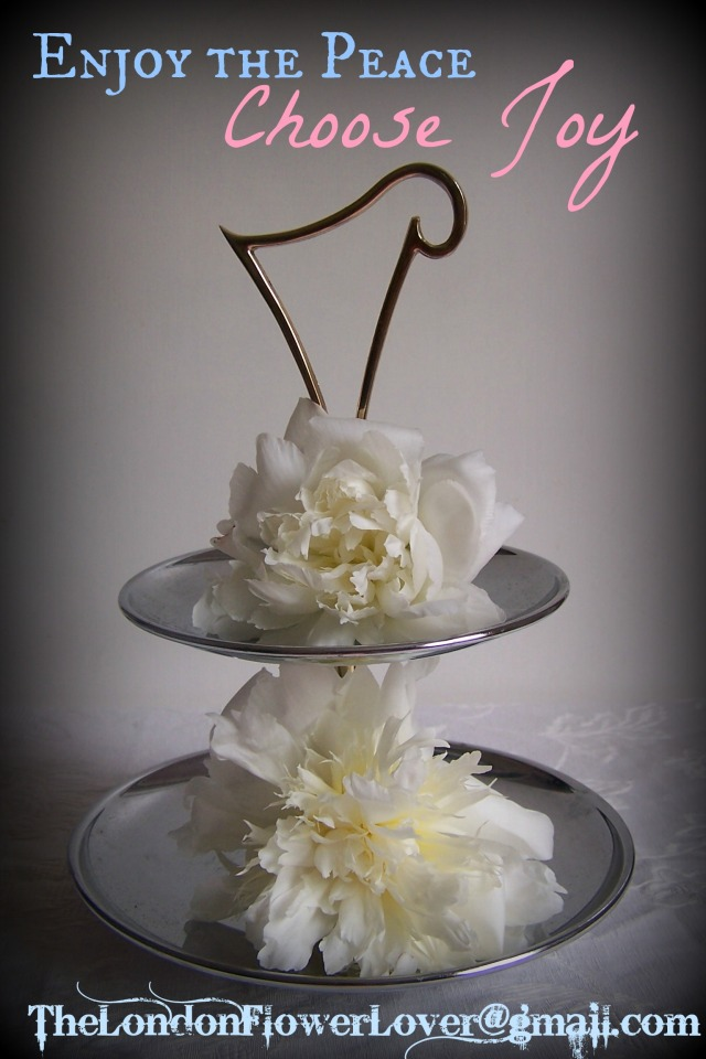 white peony on cake stand the london flower lover  026