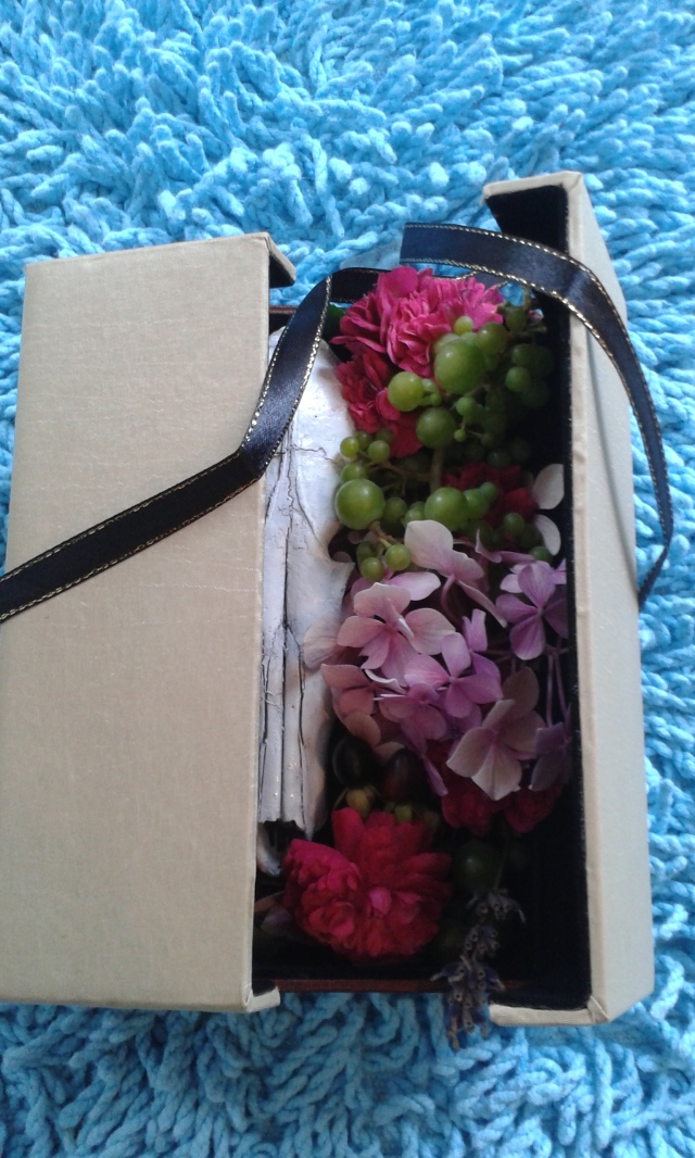 skull and flowers 018